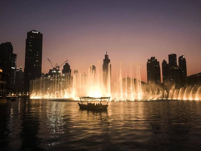 Dubai Fountains, Dubai | Descubriendo el mundo con Anna