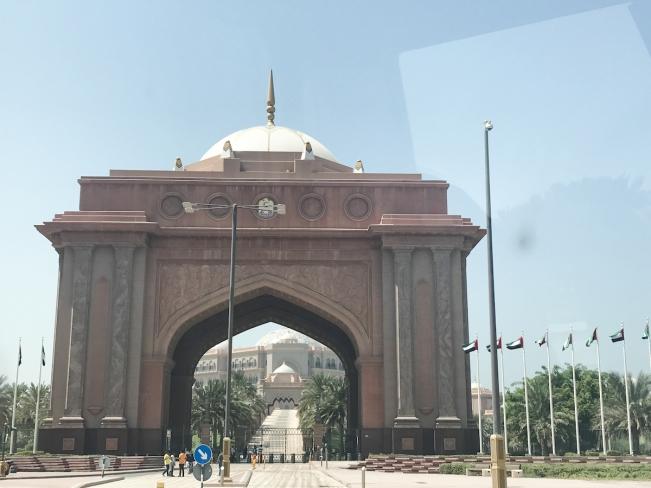 Abu Dhabi, UAE   Descubriendo el mundo con Anna3