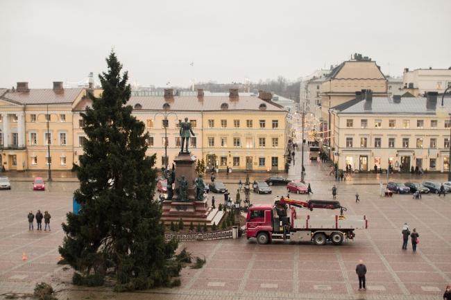 Plaza del Senado, Helsinki   Descubriendo el mundo con Anna2.jpg