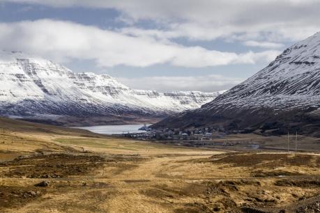 Seydisfjordur, Islandia   Descubriendo el mundo con Anna1
